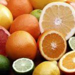 Agrumes, avocats et fruits